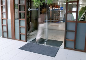 Entrance with mat